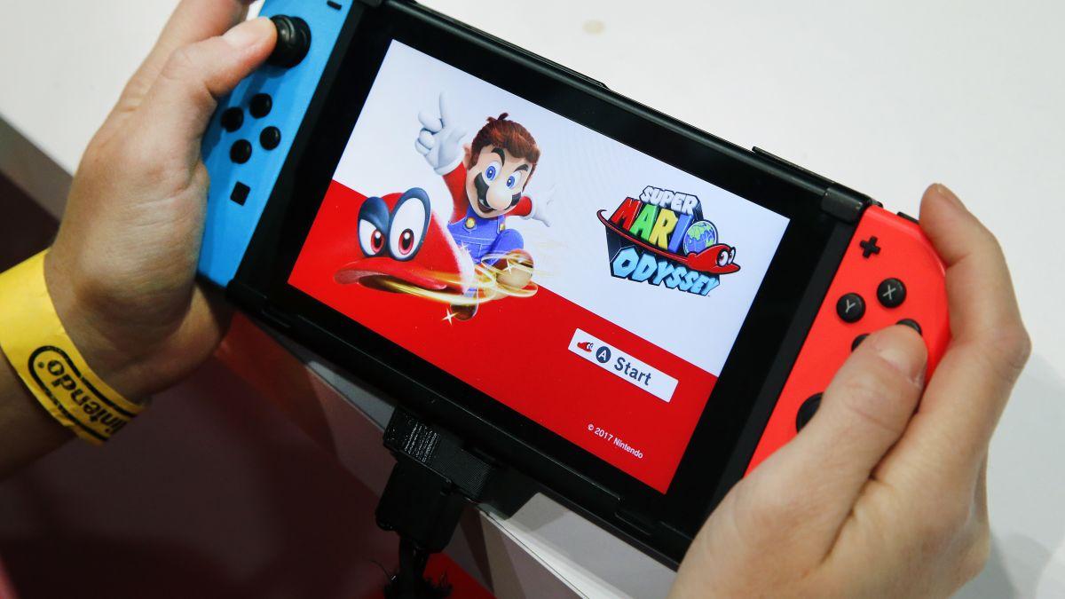 Nintendo Switch sales warning sends stock plummeting - CNN