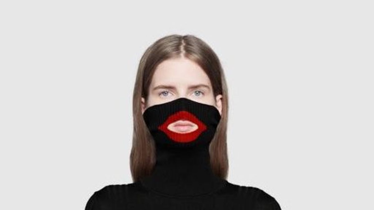 009777538 Gucci apologizes after social media users say sweater resembles blackface -  CNN