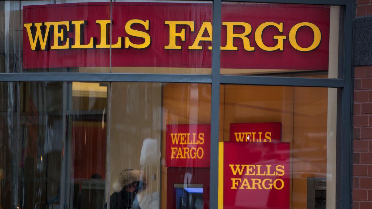 Wells Fargo in talks to settle SEC, DOJ fake-account probes