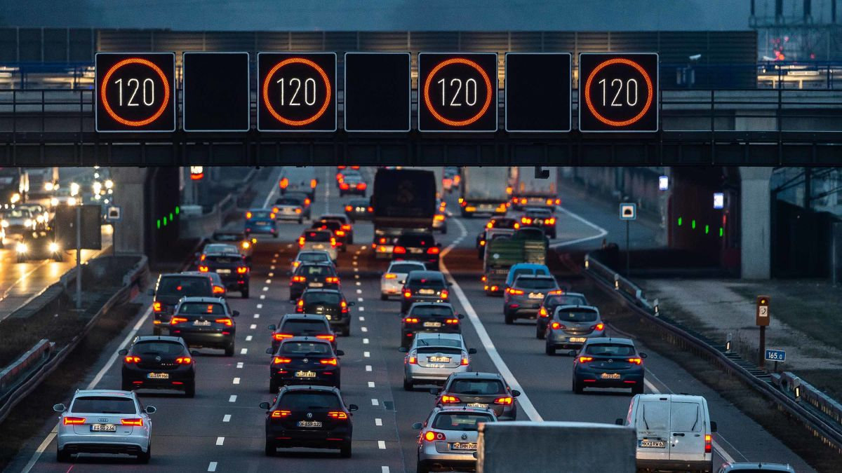 Speed limiters: Europe will require carmakers to use the
