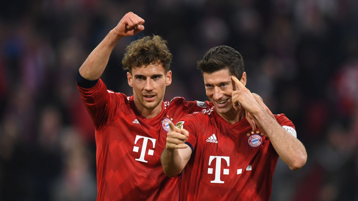 Bayern Munich thump Dortmund in crunch Bundesliga clash - CNN