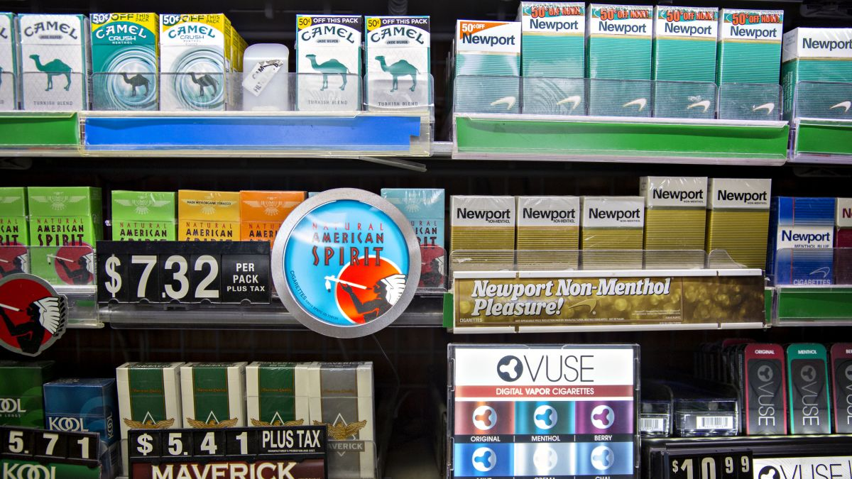 Illinois raises age for buying tobacco - CNN