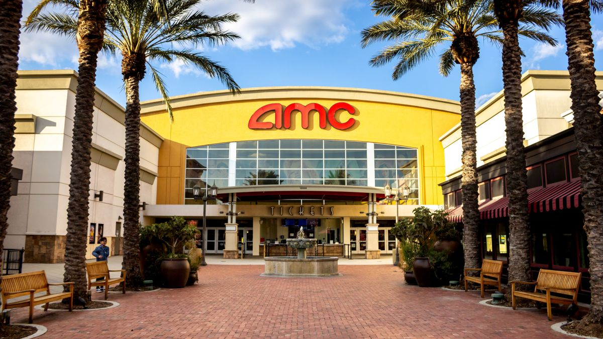 Amc Theatres Is Offering A Movie Ticket Drink And Popcorn