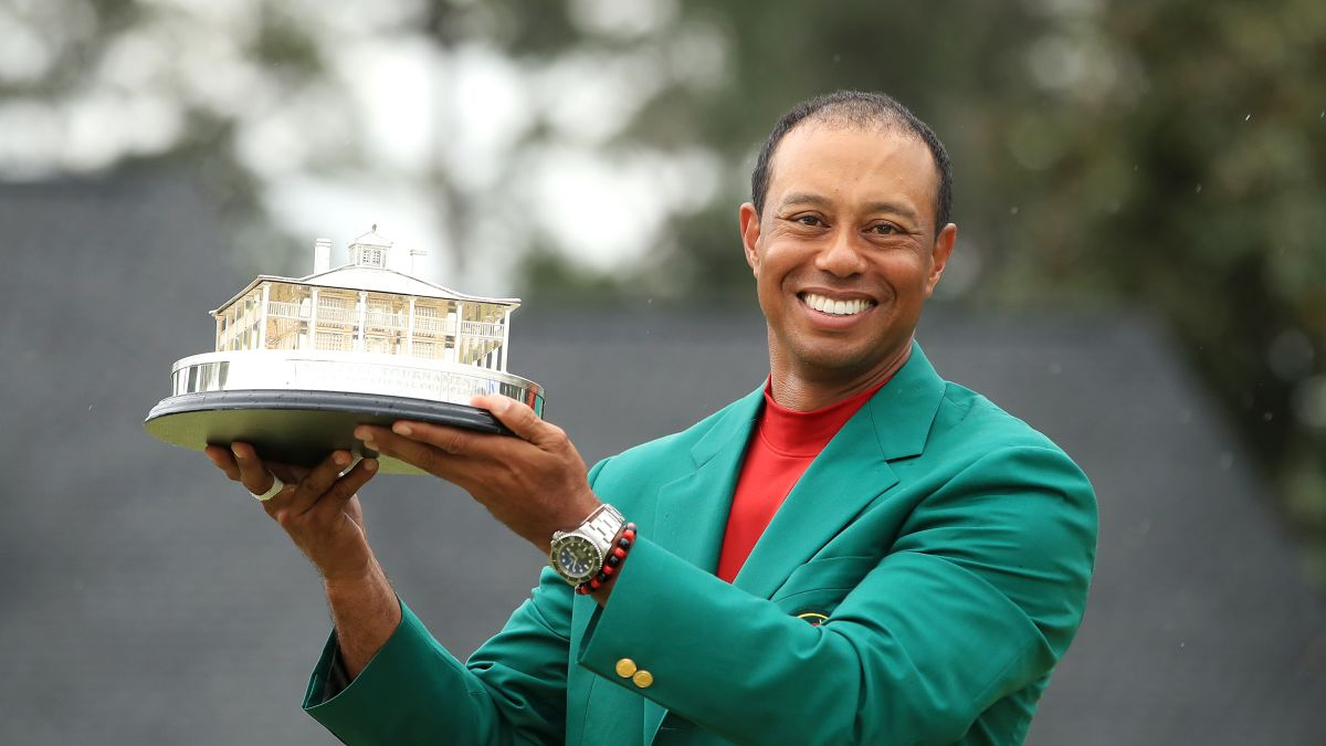 Image result for Tiger Woods seals fifth Masters title and 15th majo