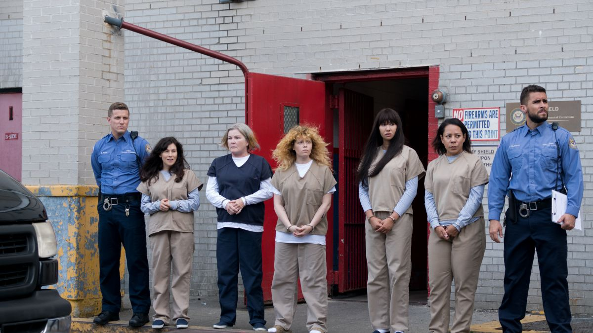 Orange is the New Black' cast sings theme song in emotional