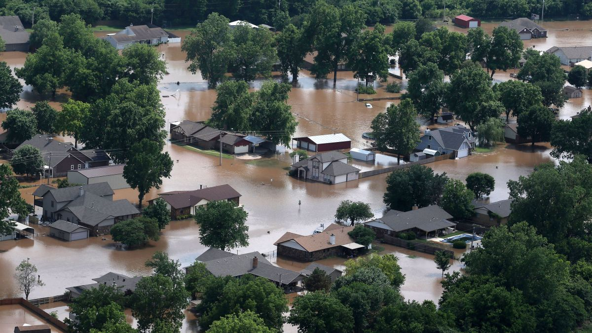Arkansas River flooding: Drones are hurting rescue efforts