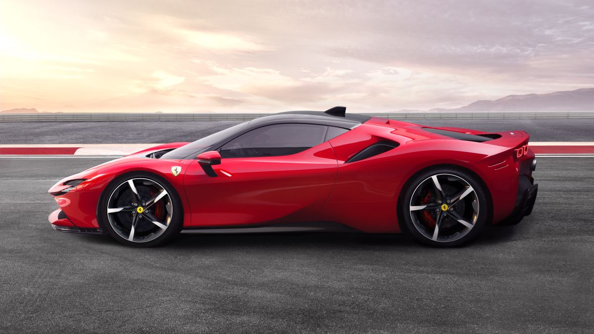 Ferrari S First Plug In Hybrid Supercar Is One Of Its Most Powerful Cars Ever Cnn