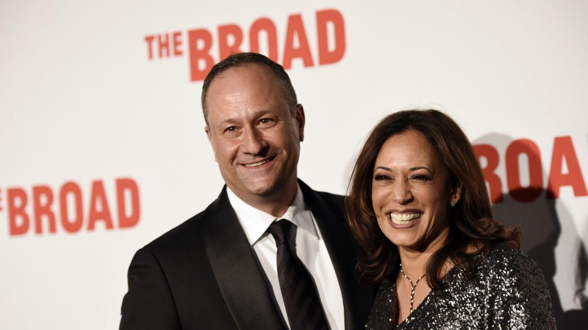 Kamala Harris Husband Douglas Emhoff Steps Into The Spotlight Cnnpolitics