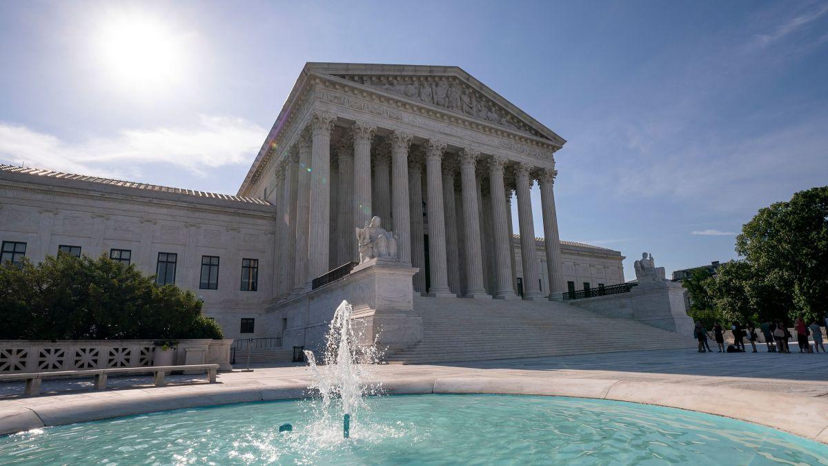 Federal sex offender registration law upheld by Supreme