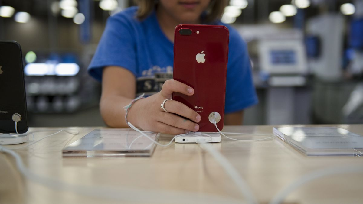 440f418154e1c3 Best Buy will repair iPhones and MacBooks at all of its stores - CNN