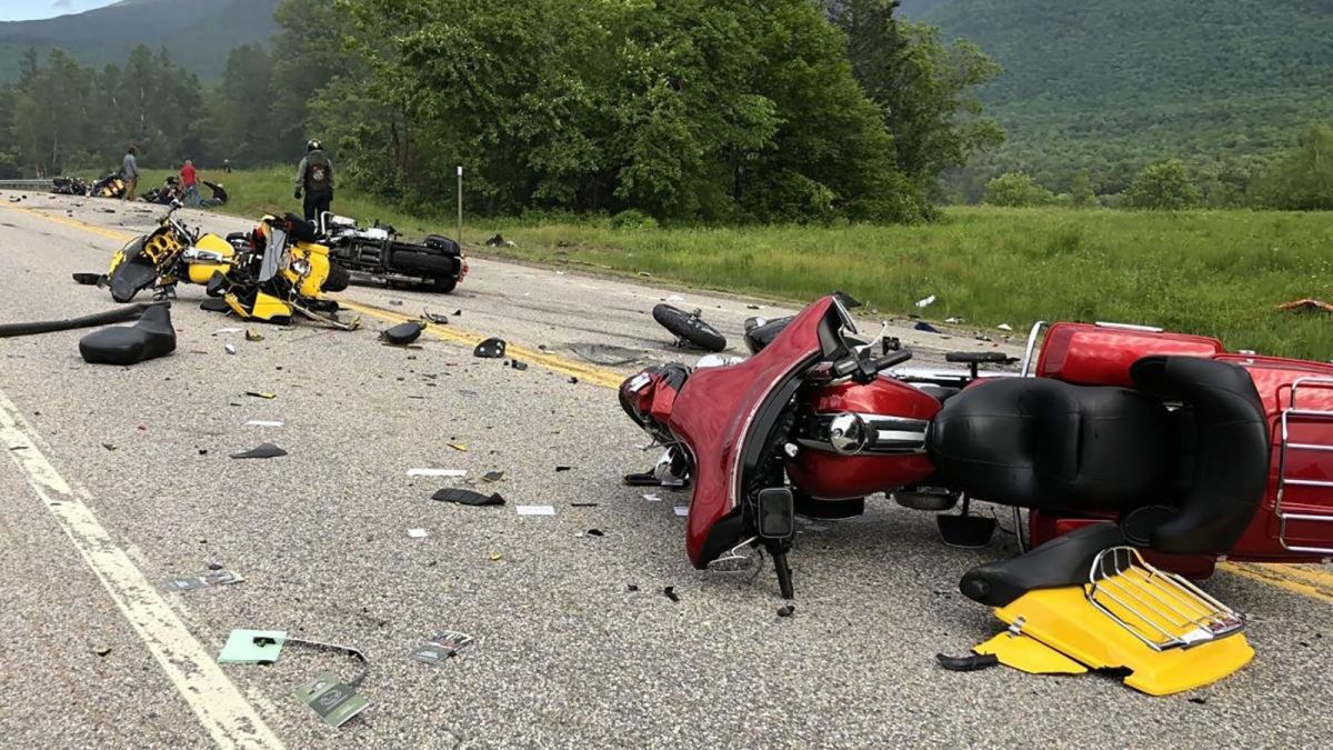 New Hampshire crash: 7 motorcyclists dead after colliding with a