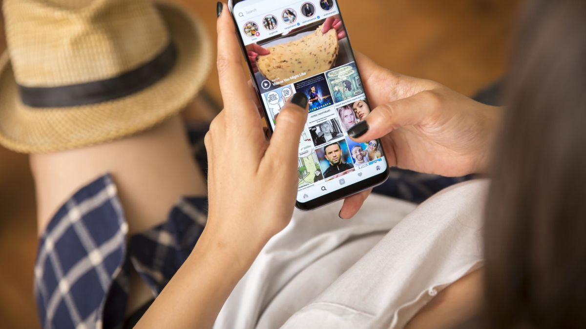Instagram will start placing ads on the Explore page