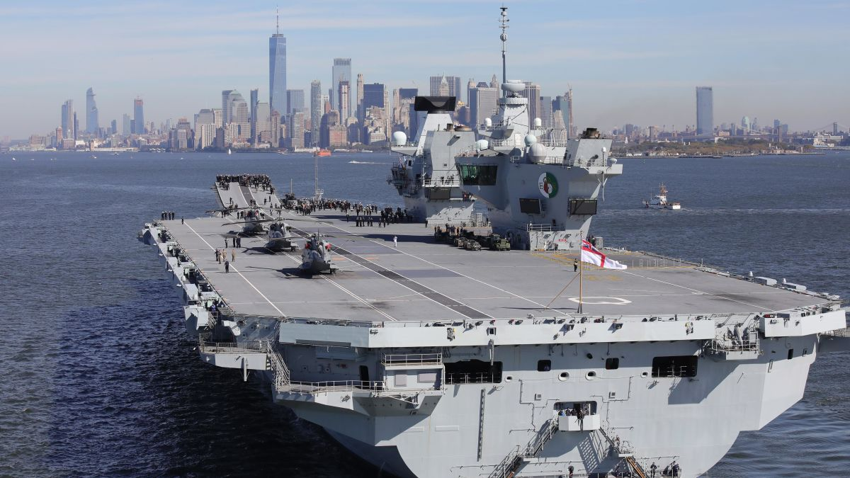 UK aircraft carrier Queen Elizabeth just sprang a leak - CNN