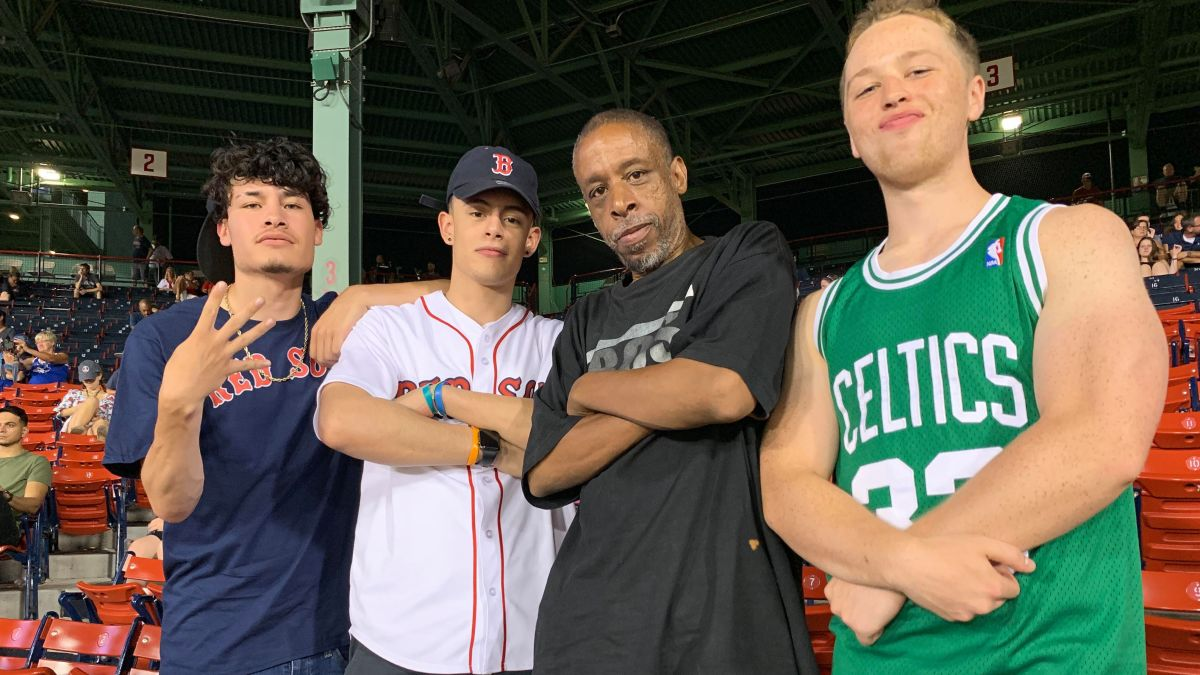 Red Sox fans take homeless fan out to the ballgame with