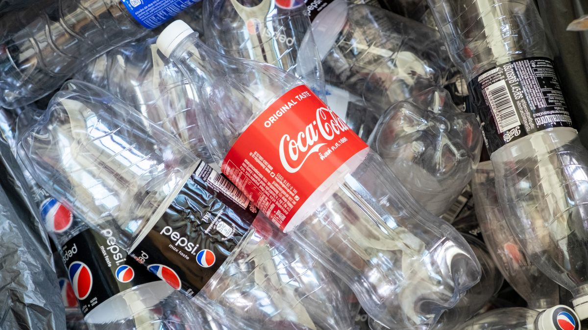 Coke and Pepsi abandon the plastics lobby