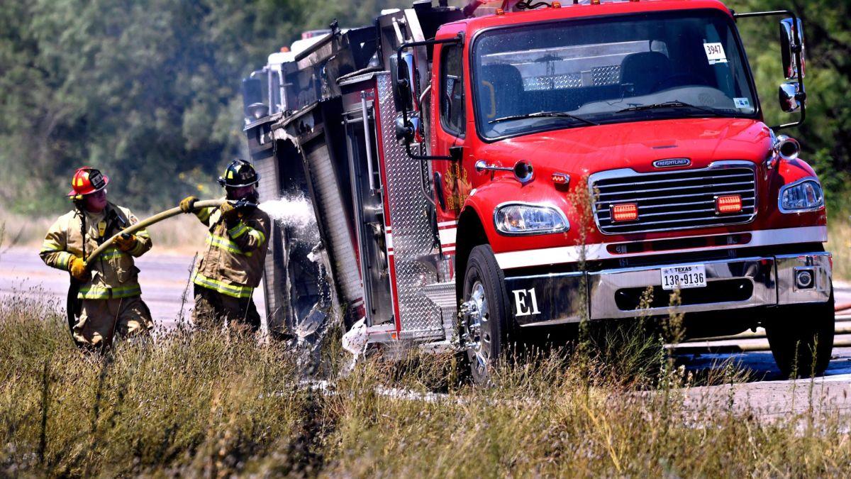 A Firetruck Caught On Fire In Texas Cnn