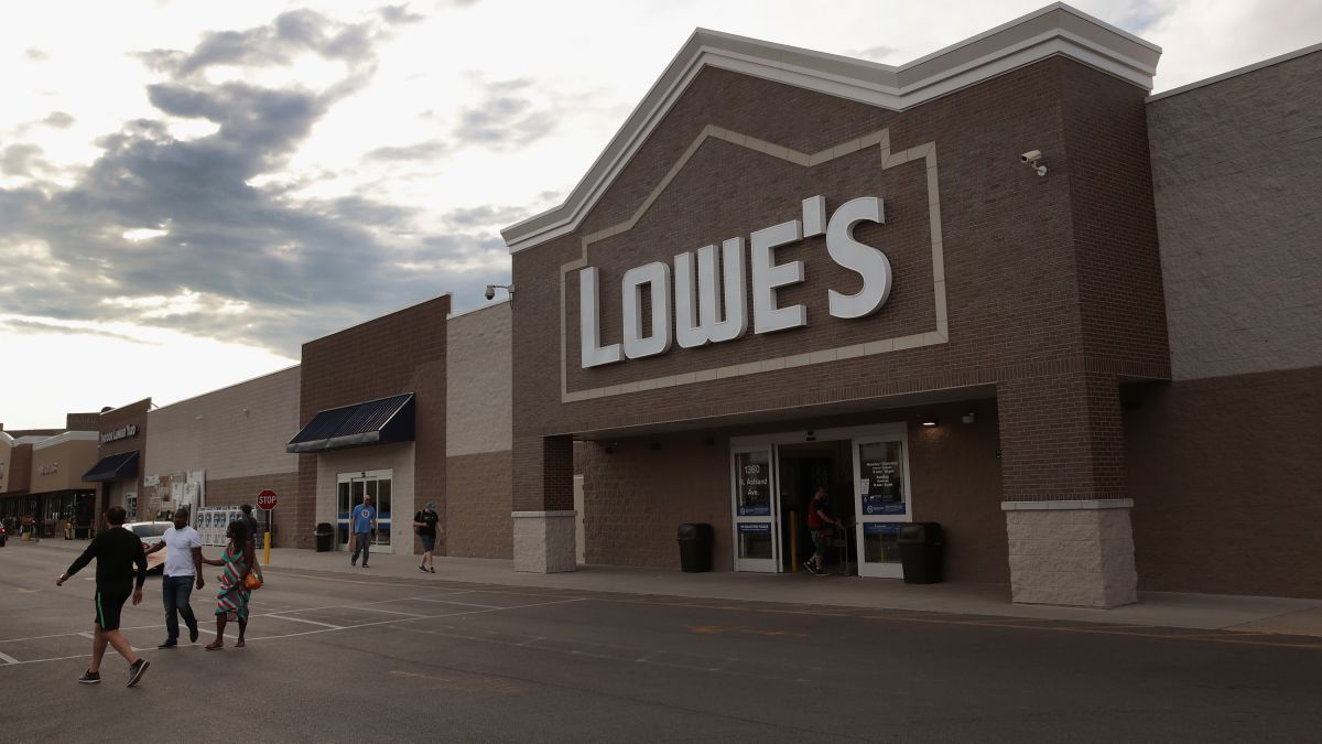 Lowe's is laying off thousands of workers - CNN
