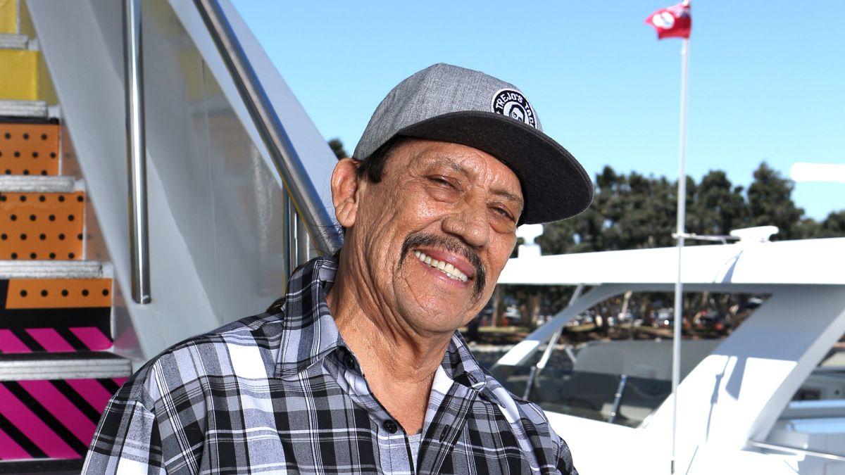 Sensational Danny Trejo Comes To Aid Of Baby That Was Trapped In Alphanode Cool Chair Designs And Ideas Alphanodeonline