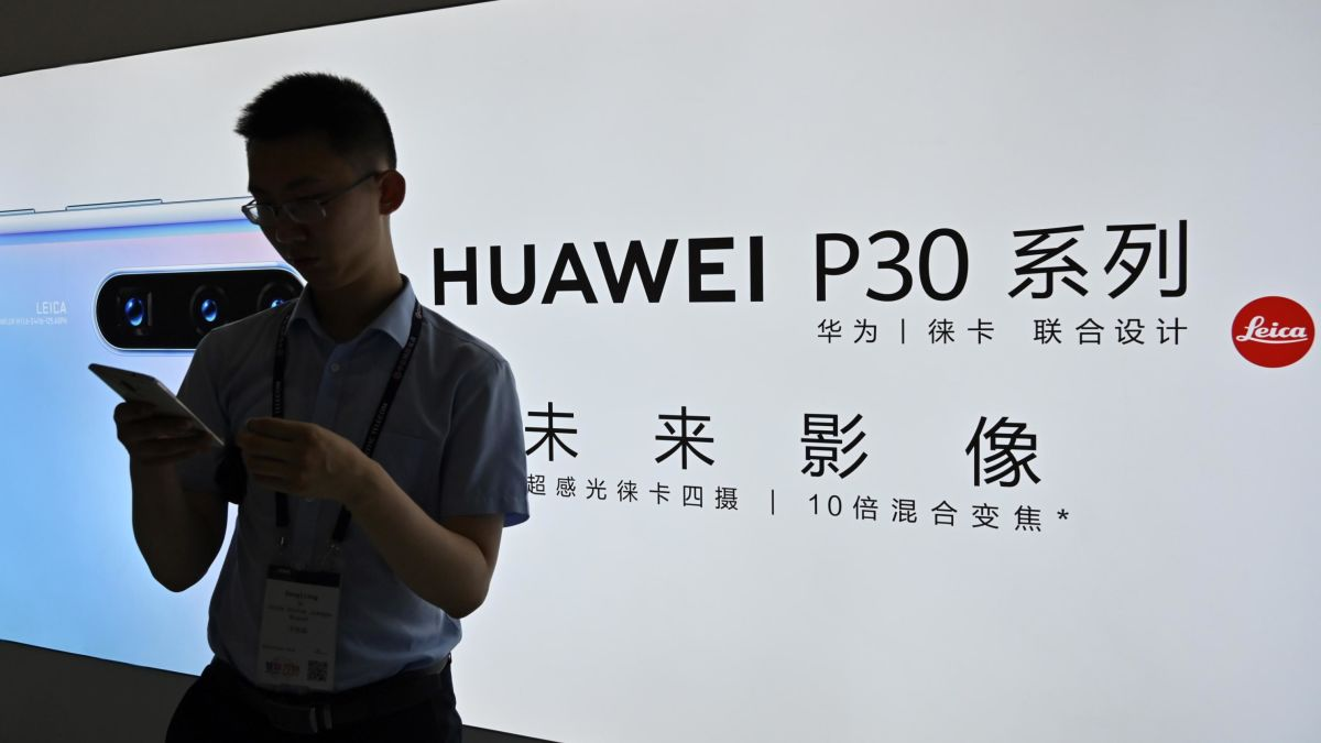 White House will reportedly wait on granting Huawei licenses as the