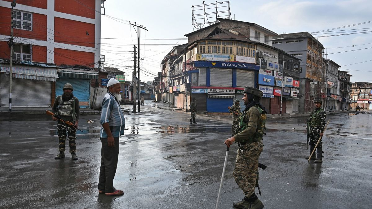 Kashmiris cut off from loved ones as government enforced blackout