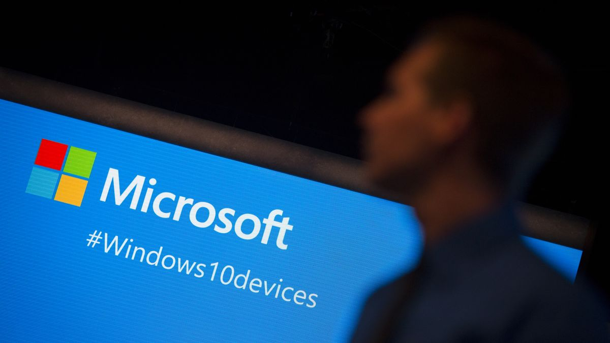 Windows 10: Microsoft urges people to update because of