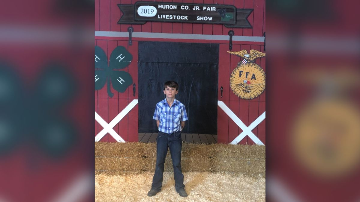 Huron County Fair Schedule 2020.A 12 Year Old Boy Raised 15 000 At A County Fair S Pig