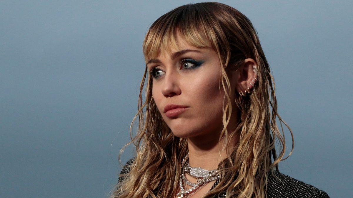 qui est Miley Cyrus datant maintenant 2016 Wade rencontres