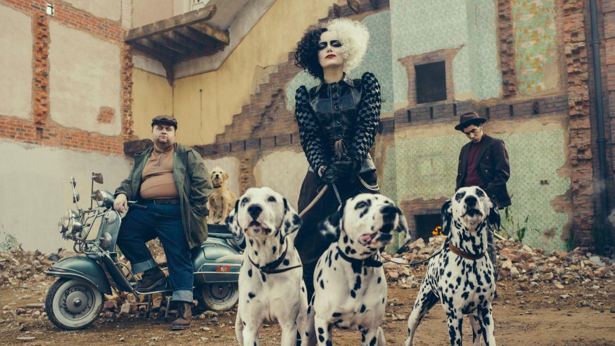 Disney reveals Emma Stone's new look as a punk rock Cruella de Vil - CNN