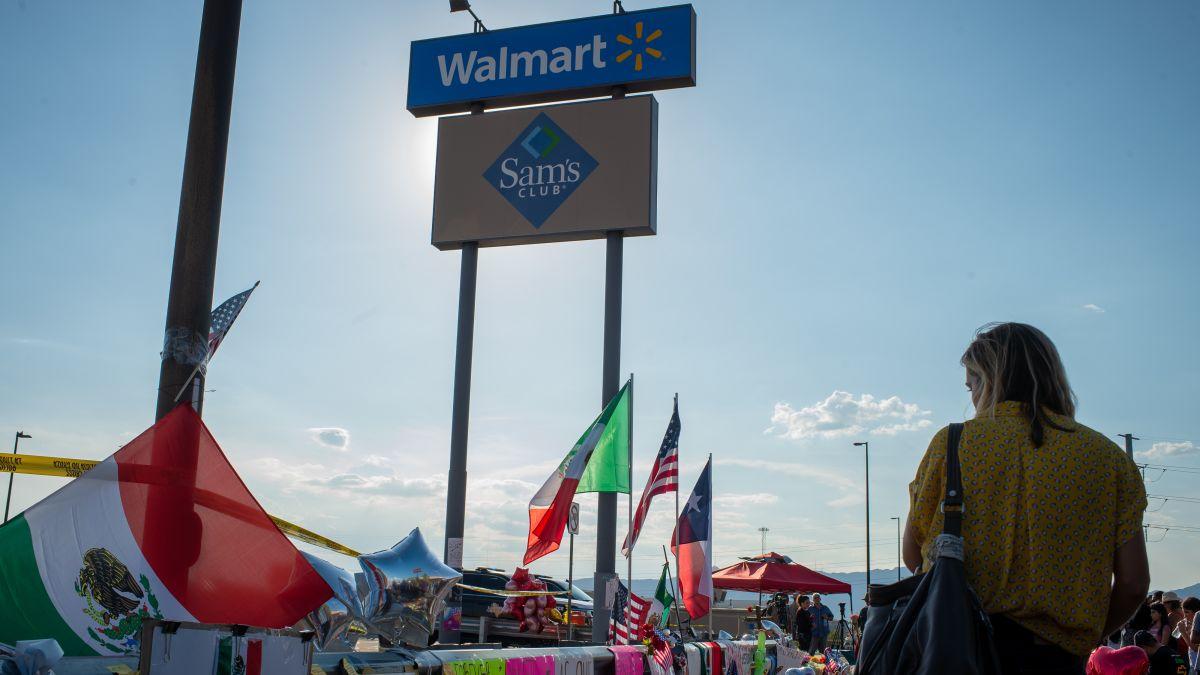 Walmart ends all handgun ammunition sales and asks customers
