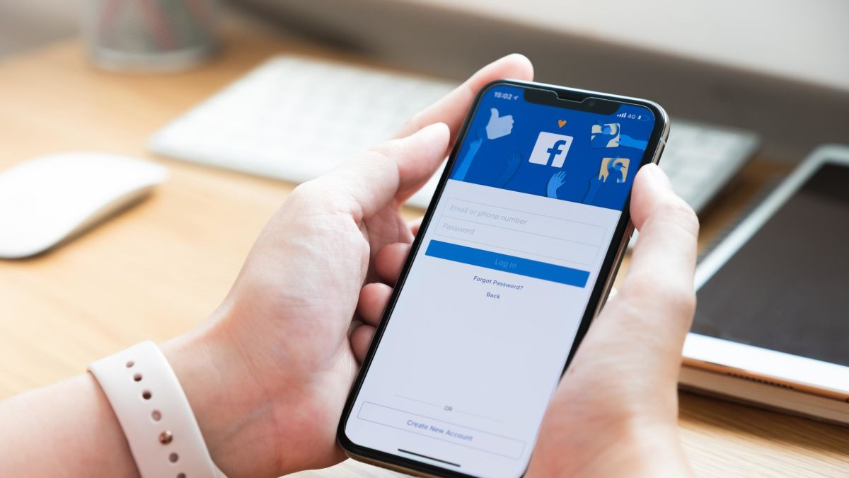 Hundreds of millions of phone numbers tied to Facebook