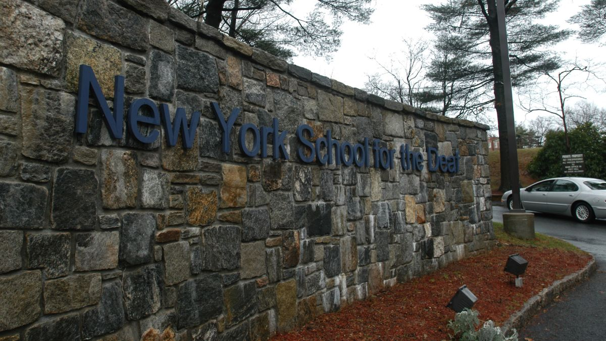 New York School >> Former Students Of New York School For The Deaf Allege Abuse
