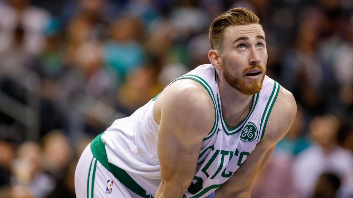 Gordon Hayward Is Injured Again This Time It S A Fractured Hand Cnn