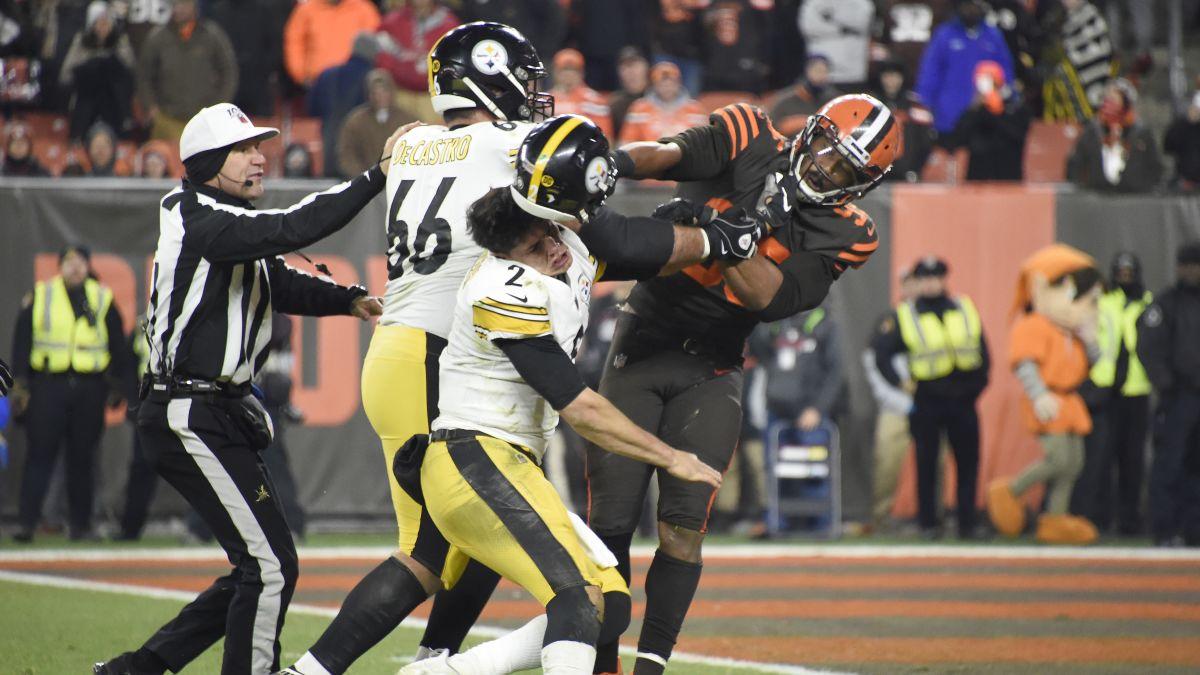 ผลการค้นหารูปภาพสำหรับ Browns' Myles Garrett insists Steelers' Mason Rudolph used a racial slur. The Steelers quarterback denies it