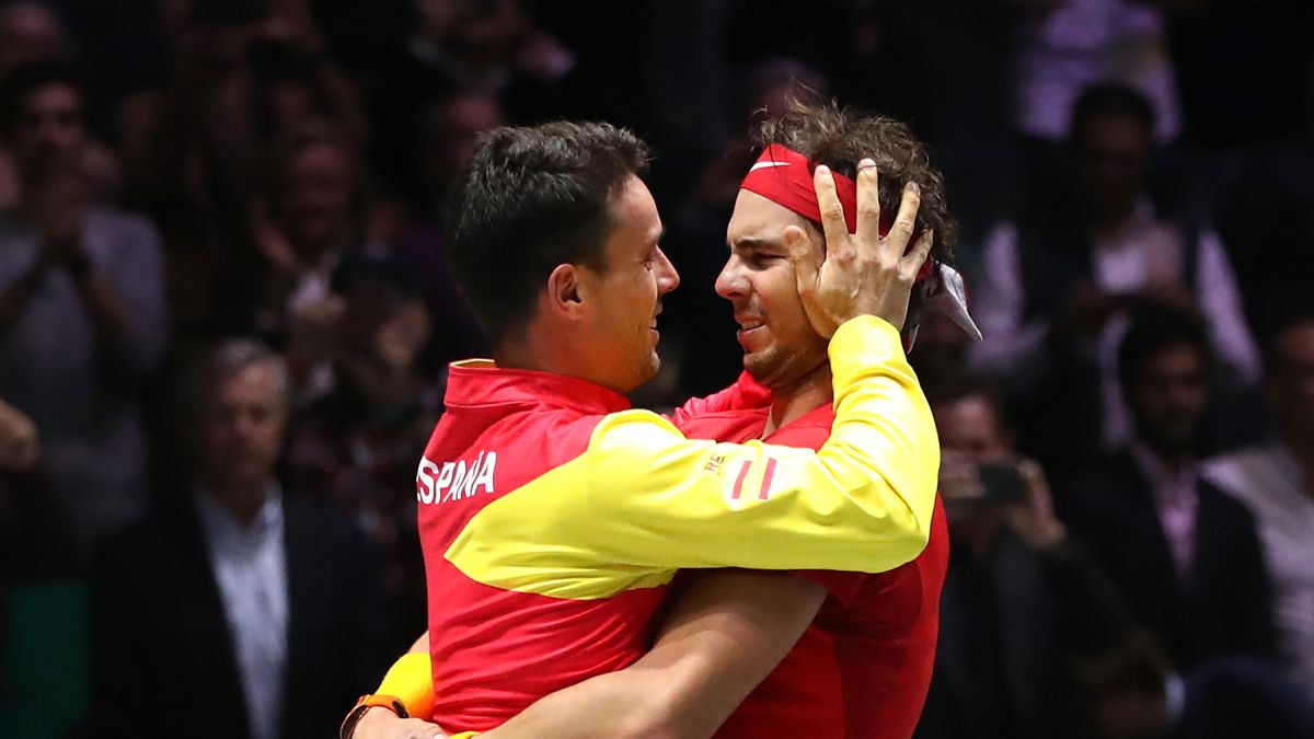 Roberto Bautista Agut Tennis Star Helps Spain Win Davis Cup Following Father S Death Cnn