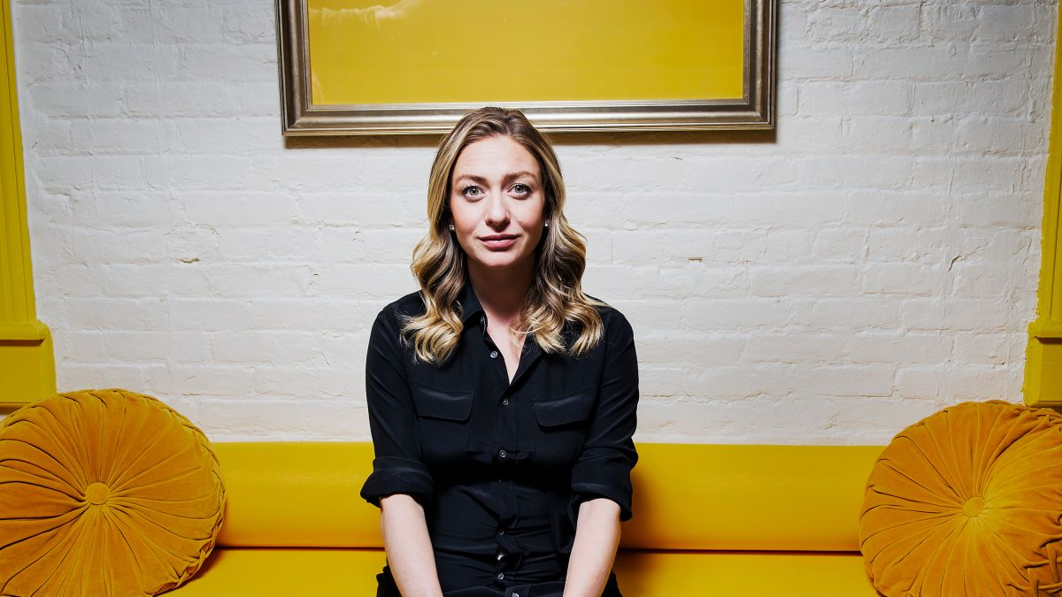Whitney Wolfe Herd Sued Tinder Founded Bumble And Now At 30 Is The Ceo Of A 3 Billion Dating Empire Cnn