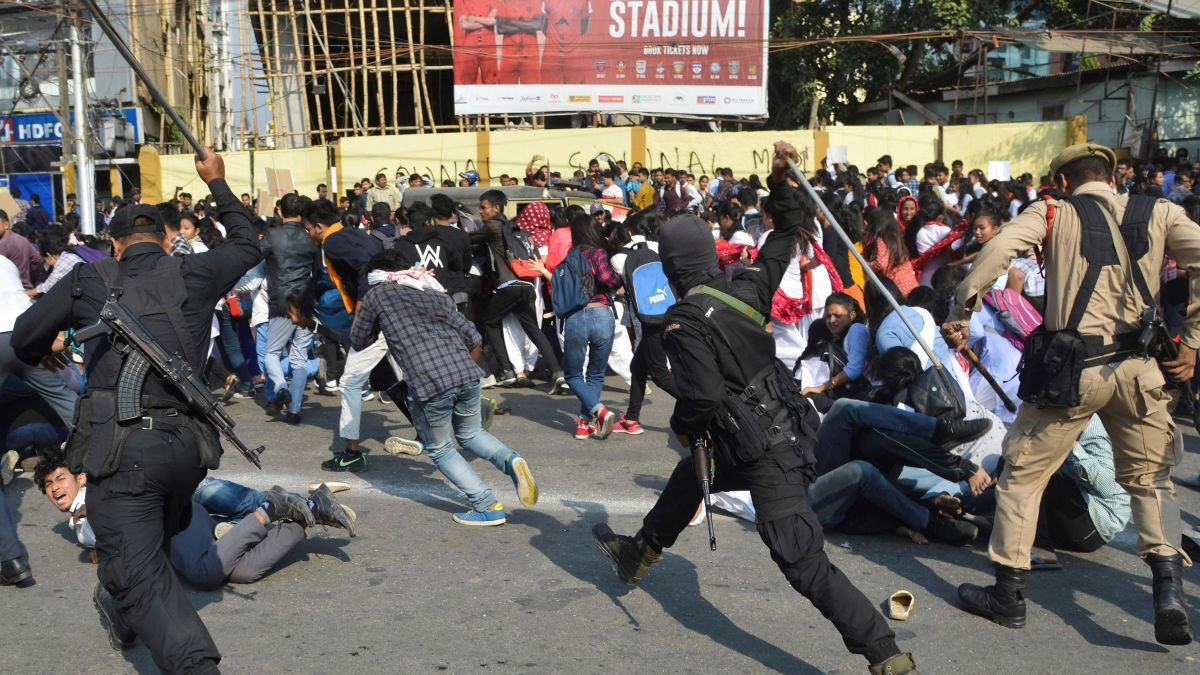 Image result for india anti citizenship violence images
