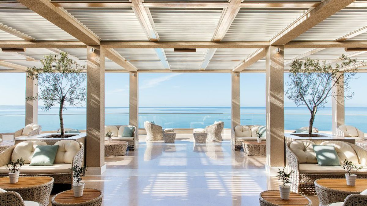 luxury resorts in the Caribbean ...