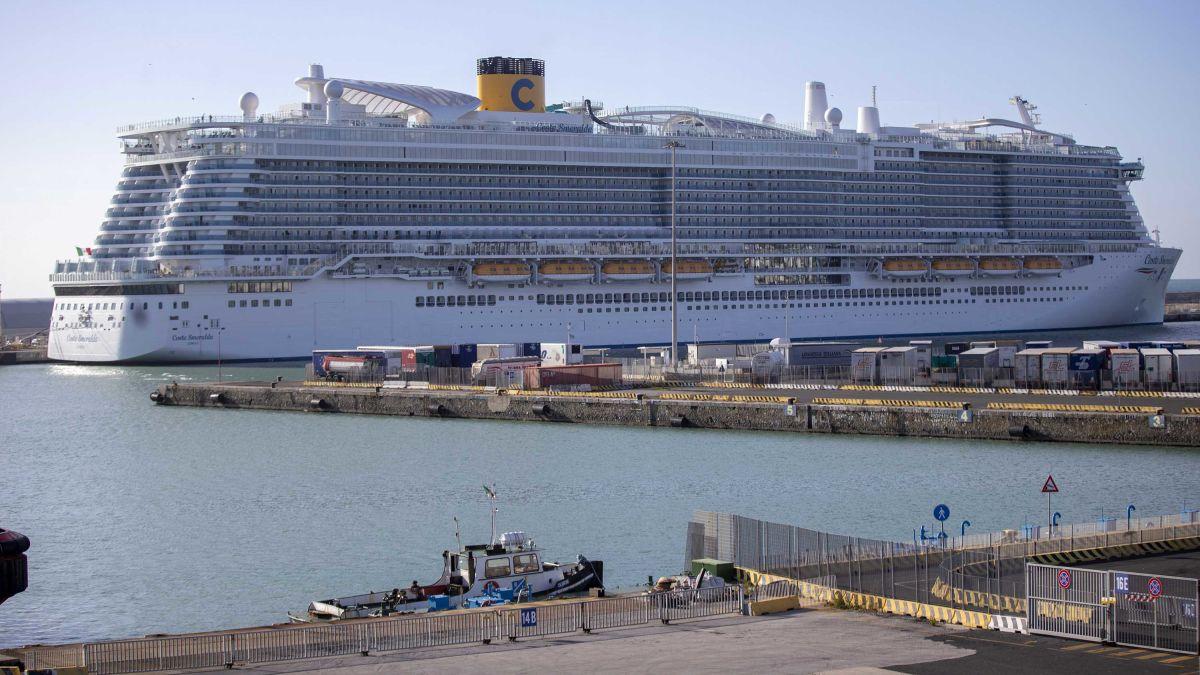 coronavirus carnival cruise ships
