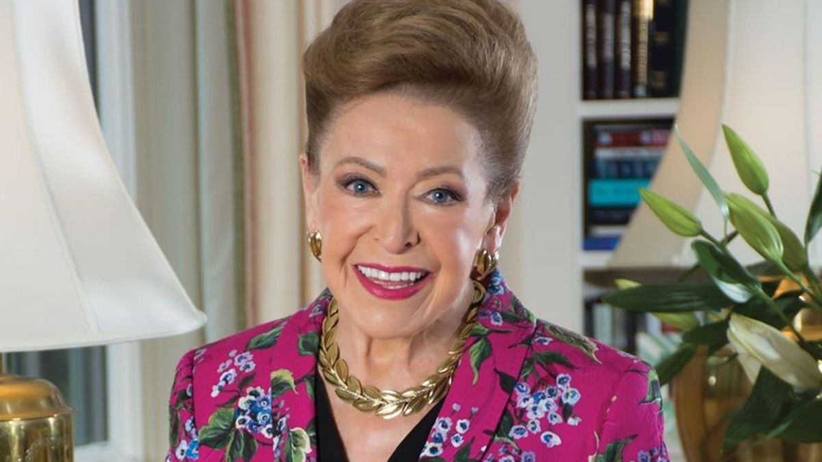 img MARY Higgins Clark, American Author of Suspense Novels