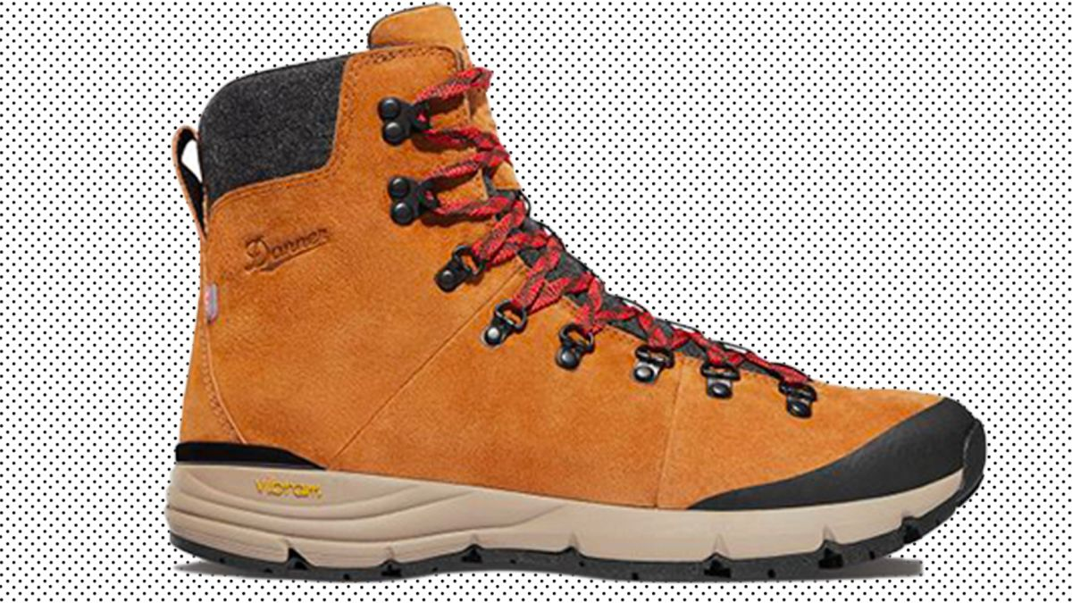 10 hiking boots that match your trek