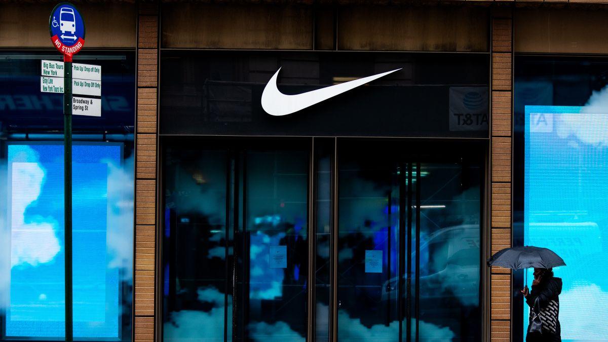 Por ahí Ritual chocolate  The economic recovery may be shaped like the Nike swoosh - CNN