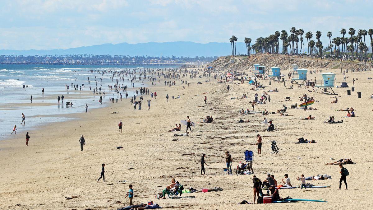 California Coronavirus Crowds Packed