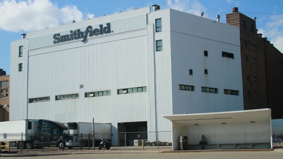 29 CDC issues recommendations for closed South Dakota Smithfield ...