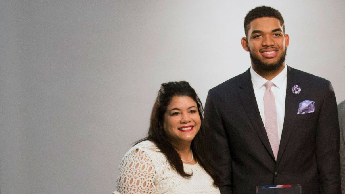 Karl Anthony Towns Mother Of Nba Player Dies Due To Complications From Coronavirus Cnn
