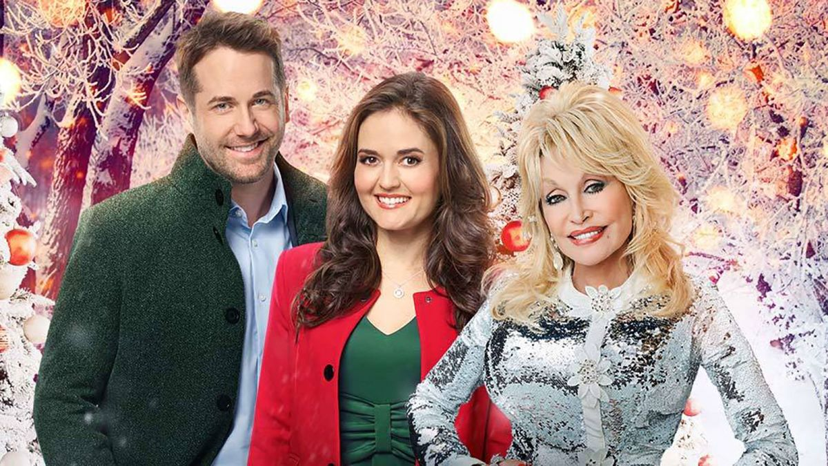 Christmas In July Is Happening On Hallmark Channel Cnn