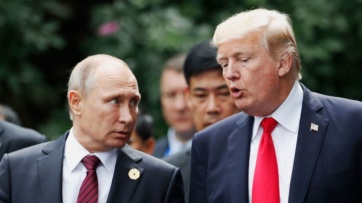 Trump Says He Likes Putin Us Intelligence Says Russia Is Attacking American Democracy Cnnpolitics