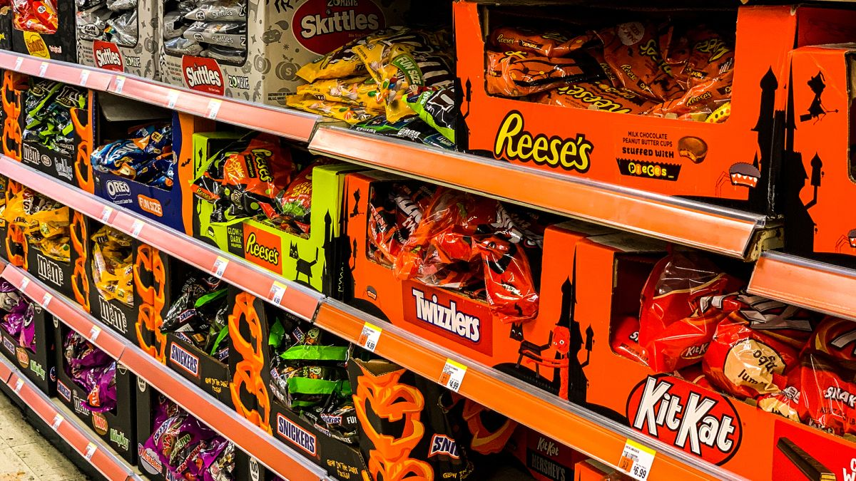 Amount Spent On Halloween Candy 2020 Trick or treating is in doubt this year, so Halloween candy is