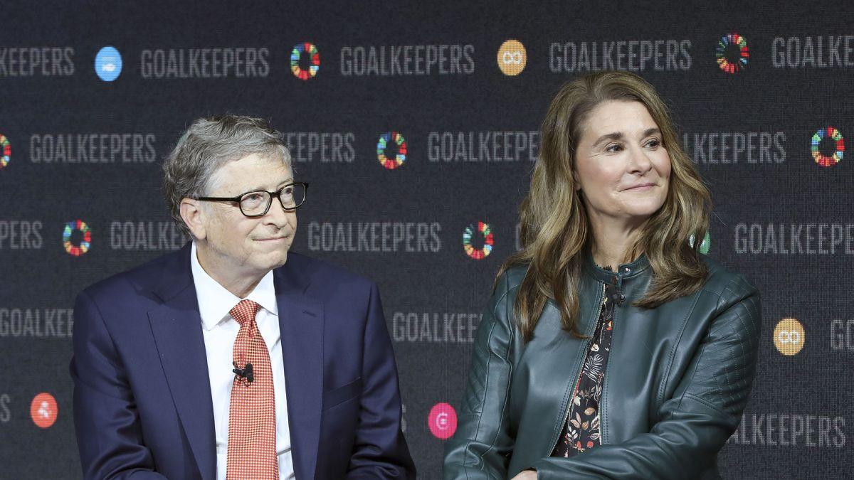 Bill and Melinda Gates end their marriage - CNN Video