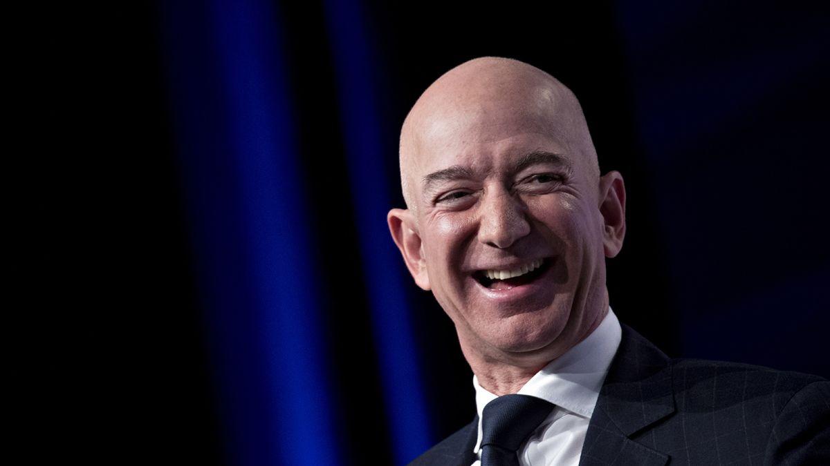 Jeff Bezos Is Now Worth A Whopping 200 Billion Cnn