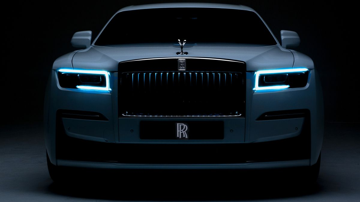 See The New Rolls Royce Ghost Cnn Video